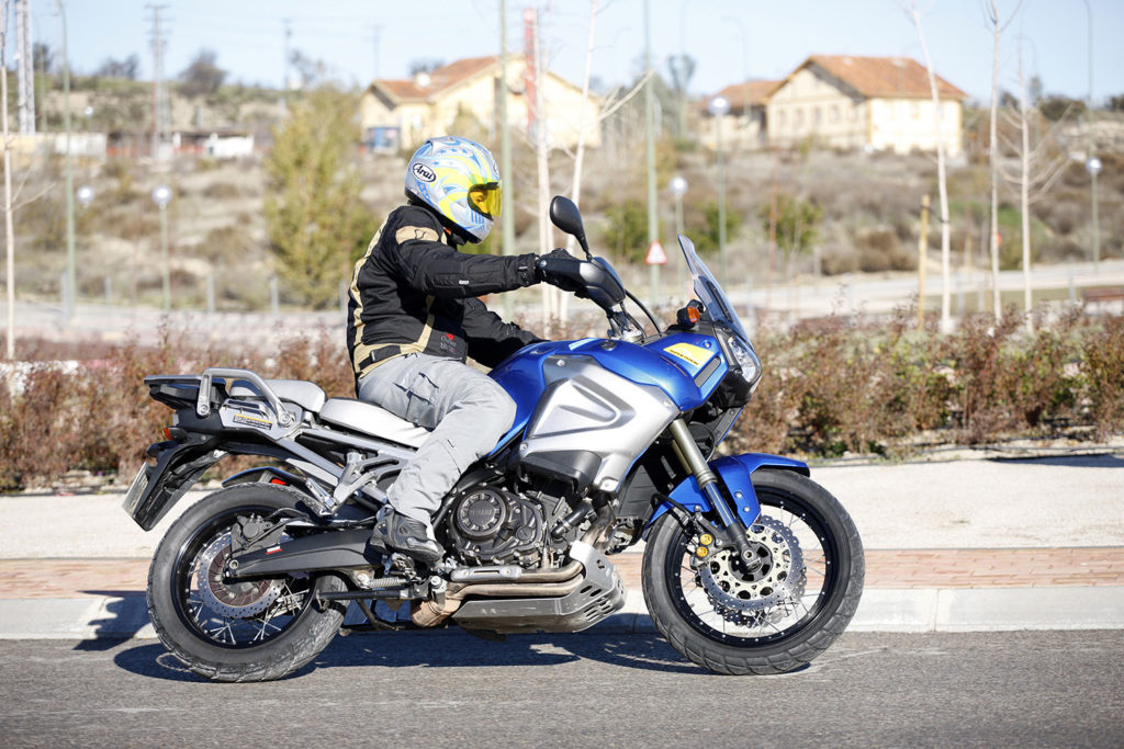 Yamaha Super Tenere-26